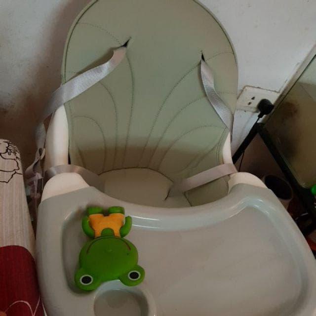 Bàn ăn của ghế umoo rất thoải mái, sạch sẽ và tháo lắp dễ dàng