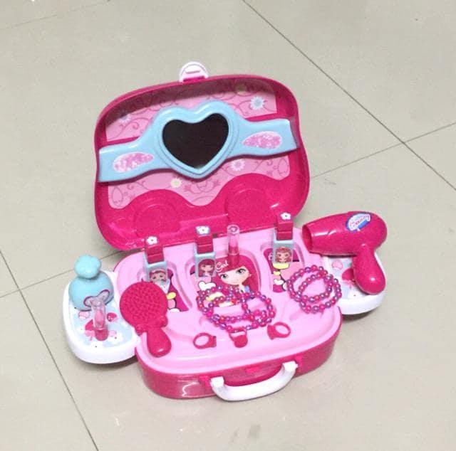 Bộ đồ chơi make up cho bé gái 1 tuổi