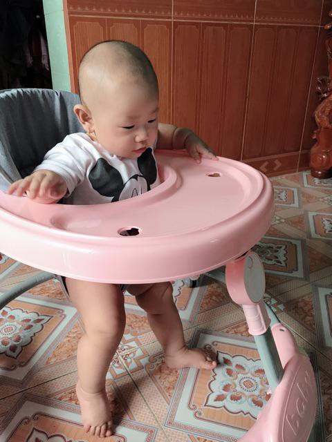Xe tập đi cho bé 1 tuổi