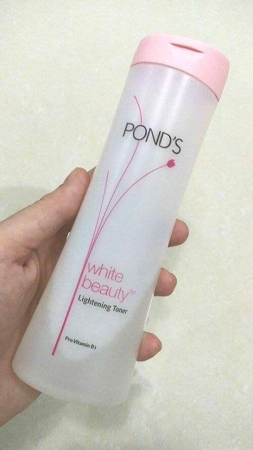 Nước hoa hồng làm sáng trắng da Pond's White Beauty