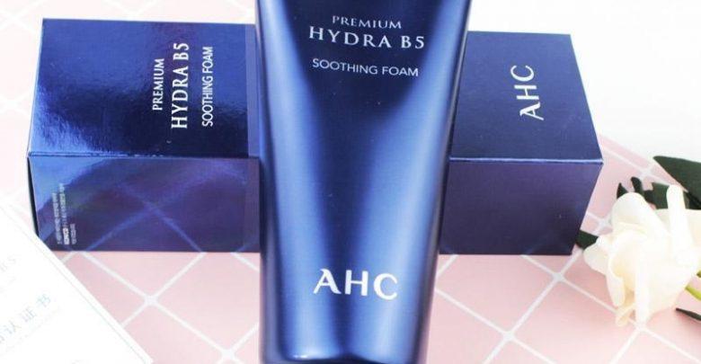 sua-rua-mat-cho-da-kho-AHC Premium Hydra B5 Soothing Foam