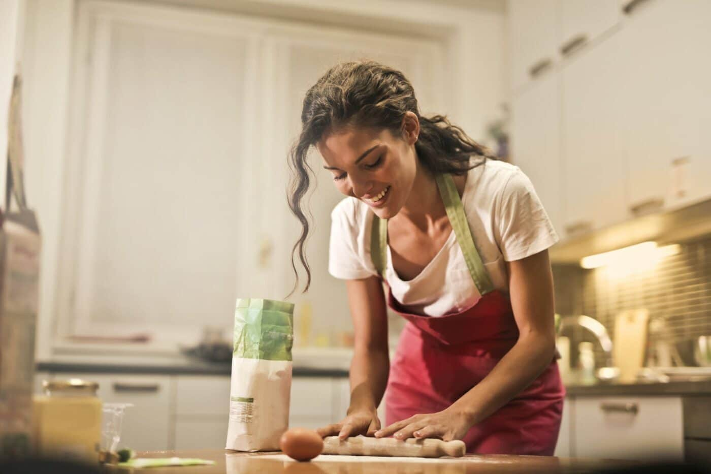 Mẹ tự tay vào bếp làm những món ăn bé thích