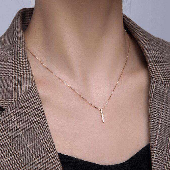 1 chiếc vòng cổ là quà valentine rất ý nghĩa và thiết thực