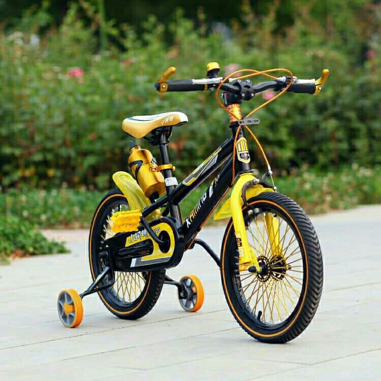 Xe đạp quà tặng cho bé trai 6-7-8-9 tuổi