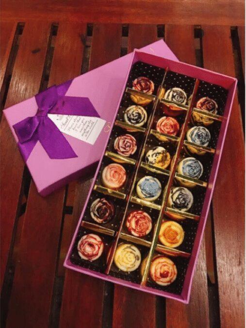 Quà valentine cho bạn trai là hộp socola ngọt ngào