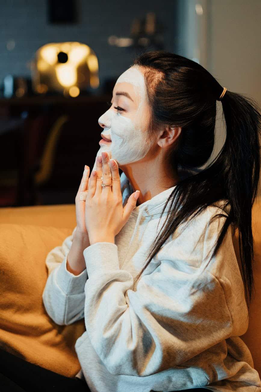Sữa rửa mặt giusp nàng chăm sóc da và làm đẹp