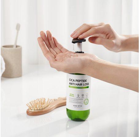 Dầu gội ngăn ngừa rụng tóc Some By Mi Cica Peptide Anti-Hair Loss Derma Scalp Shampoo