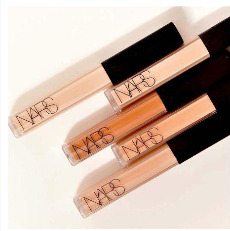 Kem che khuyết điểm NARS Radiant Creamy Concealer che quầng thâm và mụn, sáng da hiệu quả tốt