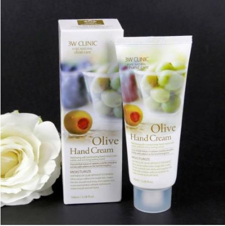 Kem dưỡng da tay Olive 3W Clinic Hand Cream