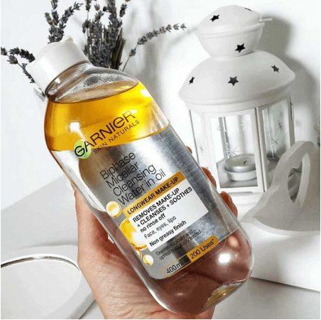 Nước tẩy trang Garnier Skin Active Oil Infused Micellar Cleansing Water màu vàng