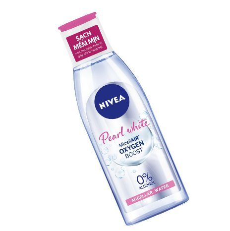 Nước tẩy trang nivea extra bright makeup clear cleansing water