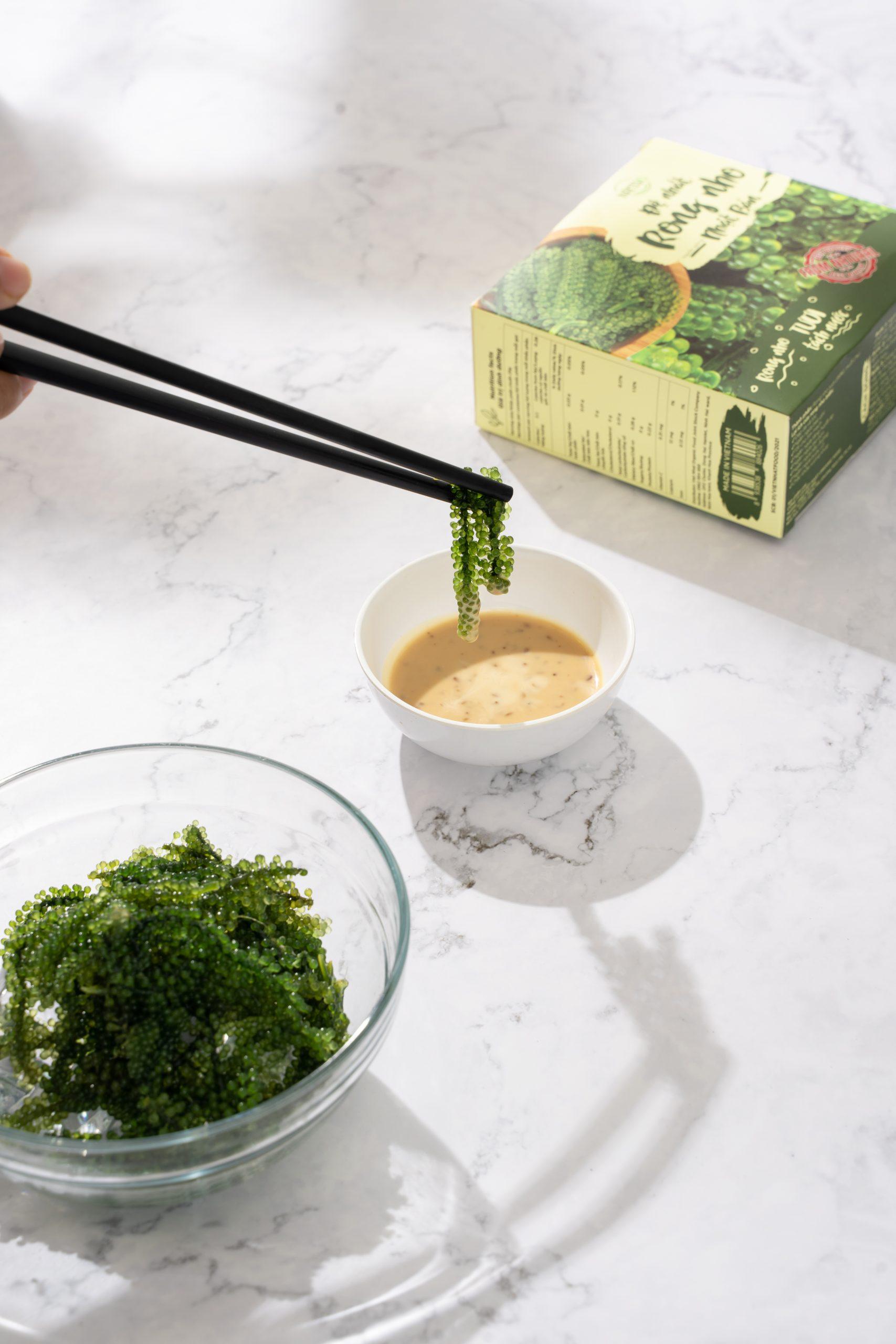 Mùi vị rong nho Namiso rất dễ ăn, ngon, giòn sần sật
